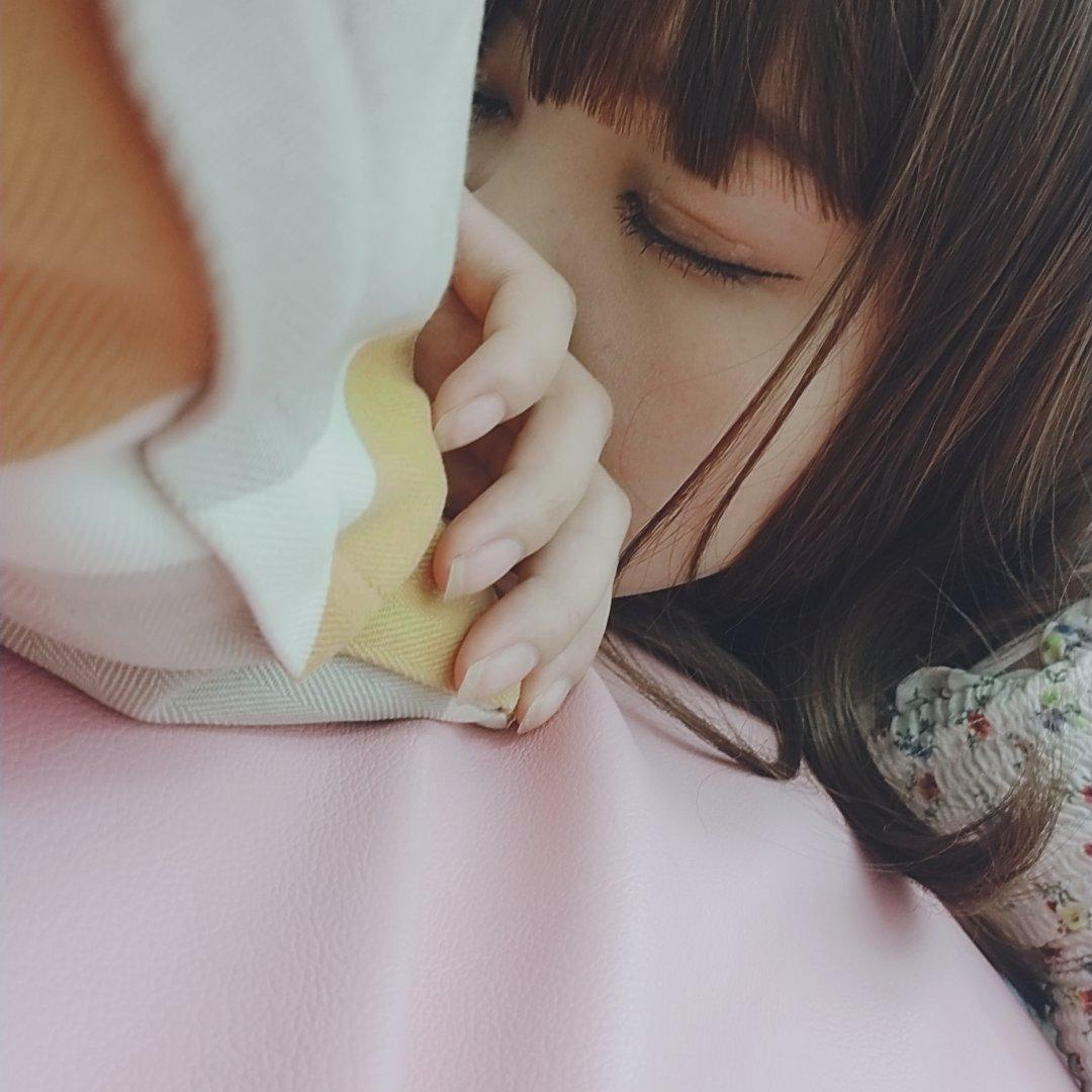 眠眠打破飲んだら気持ち悪くなったよぉ、、頭も痛い臘&#…