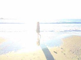 海辺で、気が済むまで、ぼーっとしてたい。