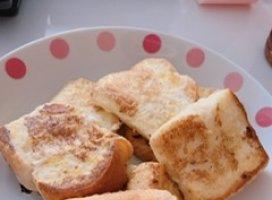 こんにちは♪少し体調良くなってきて朝フレンチトーストを作り久…