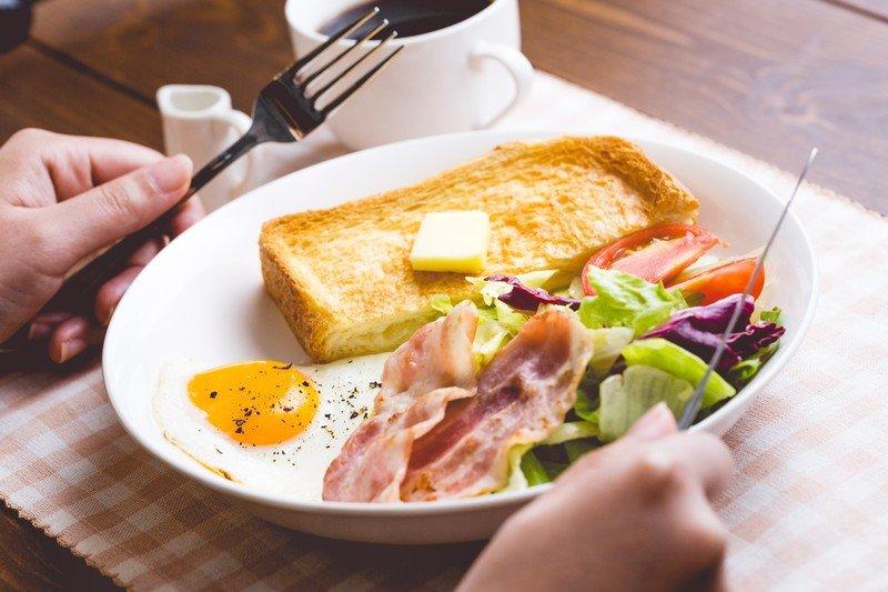 おはようございます!朝ごはんちゃんと食べてますか?昨日、ニ…