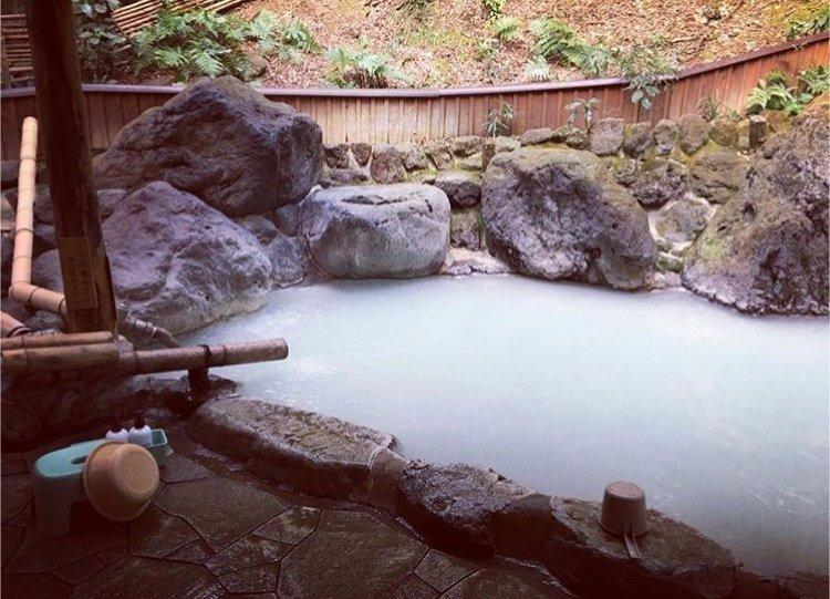 久しぶりに温泉へ♪寒かったり暑かったりの日々。温泉でお肌ツル…