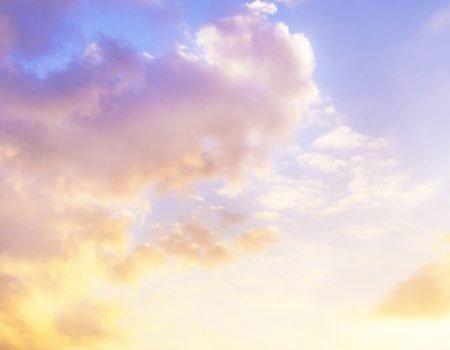 おはよう^ ^GWも終盤ですね〜きれいな空、癒される