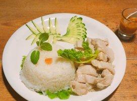 カオマンガイ食べてきた(^-^)すっごく美味しかったよ❤お…