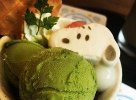 スヌーピーカフェパート2抹茶のパフェ♬幸せすぎるほど美…