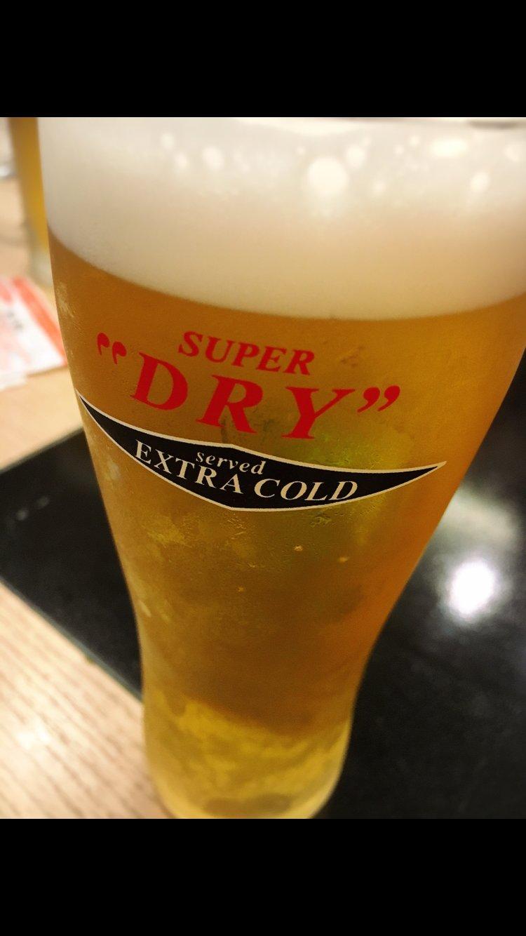 美味しいビールが飲みたいなー!!ビアガーデン行ったことない…