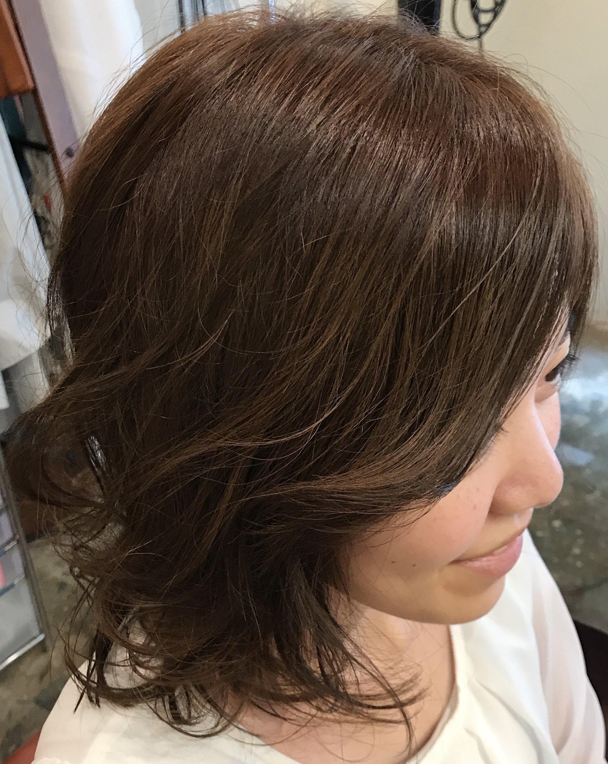 美容院、行ってきたよぉ♪髪色変えてセットしてもらったの^ - ^…