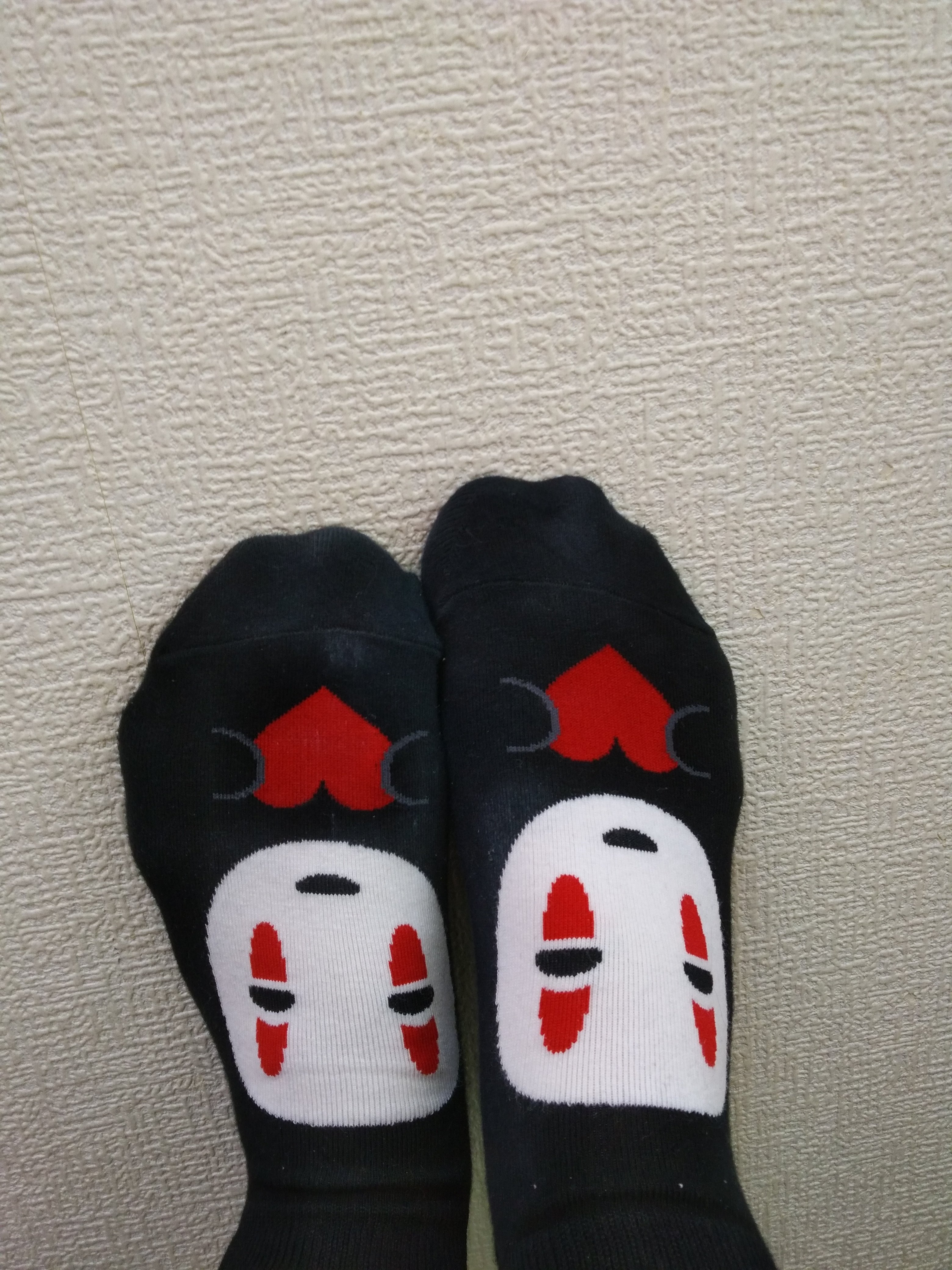 ジャジャーン!カオナシの靴下かわいい(≧▽≦)めずらしくないです…