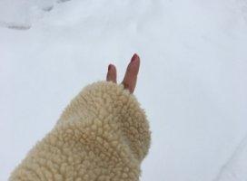 相変わらず雪だらけ〜☃☃はやく溶けないかな〜ύ…