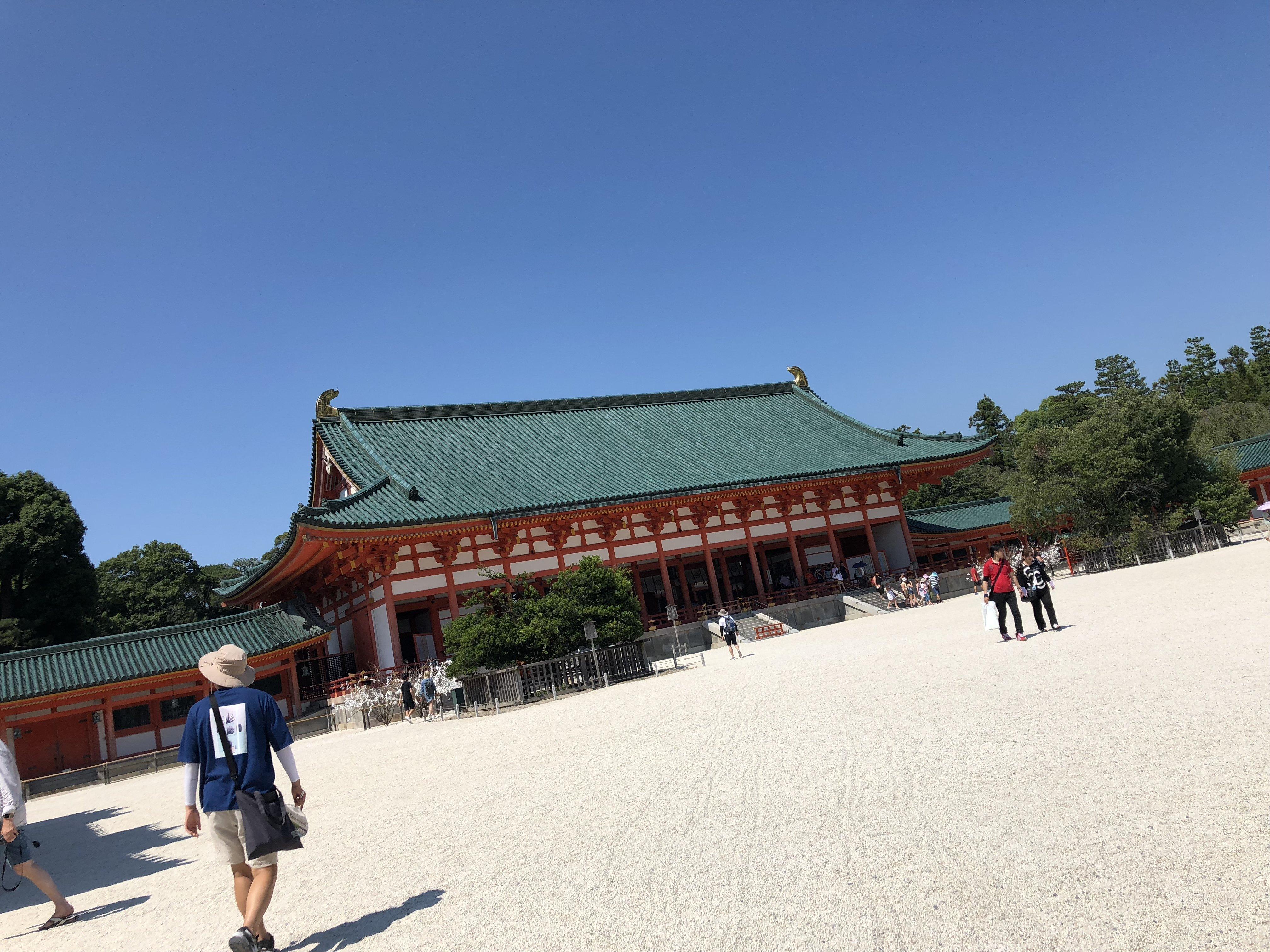 京都来ました〜!いやー暑すぎ(笑)1日目の今日は貴船神社と平…