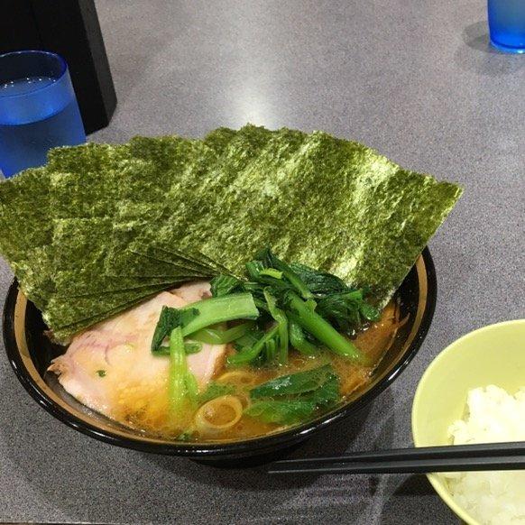 ラーメン食べたい。。。お腹空いて寝れないよぉ〜(ノω・、) -写真-…