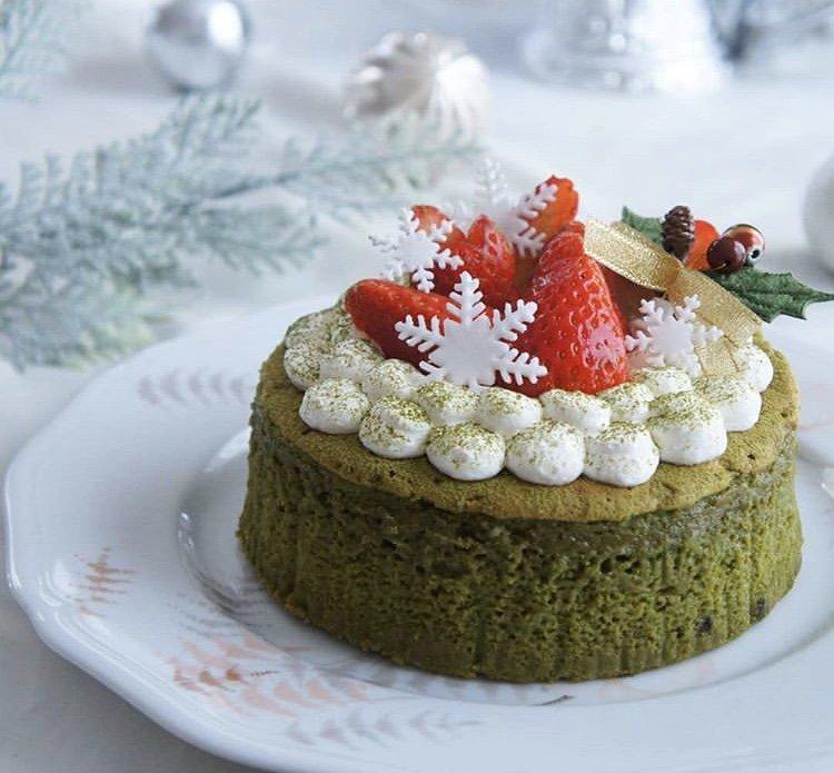 クリスマスケーキ食べたい🎂食べ物考えると幸せな気持ち…