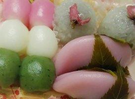 今日はおやつに、和菓子なのです☆たべるのたのしみ(*´ー`*)
