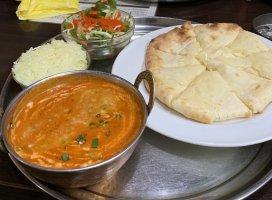 友達4人でインドカレーのお店へ…ここはまじで美味しかった!チ…