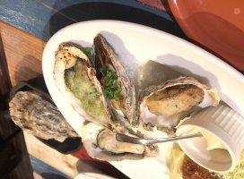友達とランチ♡♡この前ランチで牡蠣をいーっぱい食…