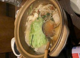 鳥メロでもつ鍋食べてきました(^^)やっぱり冬は鍋いいなぁ〜…
