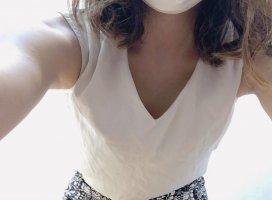 今日の服装はこんな感じ✨胸チラしようと思ったけど、Cカ…