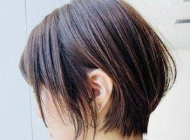 このくらいの髪型にするか悩み中の、みーです😌😌…