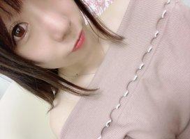 最近はこのリップがお気に入りヾ(⌒(ノω)ノ♡オレンジピンク…